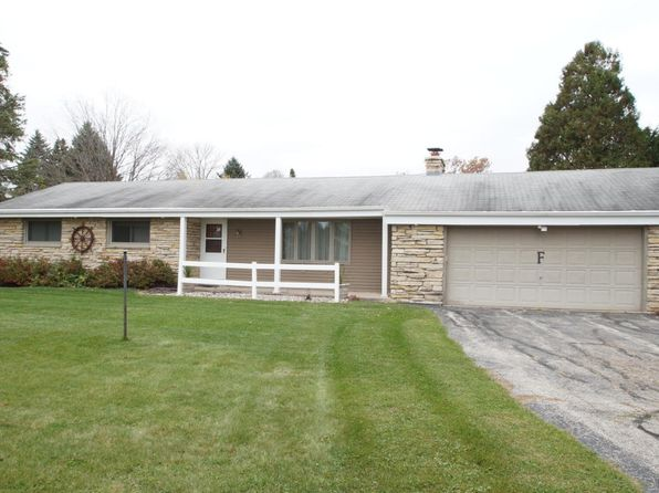 3 bed 2 bath Single Family at 781 River Bend Rd Grafton, WI, 53024 is for sale at 280k - 1 of 20