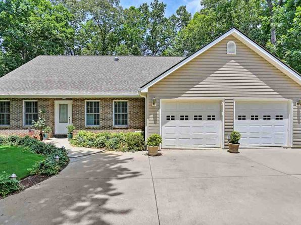 4 bed 3 bath Single Family at 114 Pinnacle Pointe Dr Seneca, SC, 29672 is for sale at 468k - 1 of 24