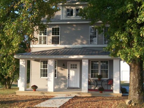 3 bed 1.1 bath Single Family at 9929 N Ernst Rd Marshall, IL, 62441 is for sale at 200k - 1 of 20