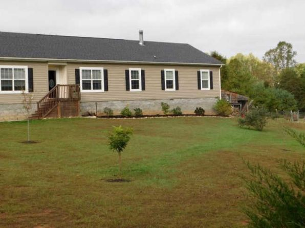 4 bed 2 bath Single Family at 404 Ridgelake Rd Goodview, VA, 24095 is for sale at 180k - 1 of 35