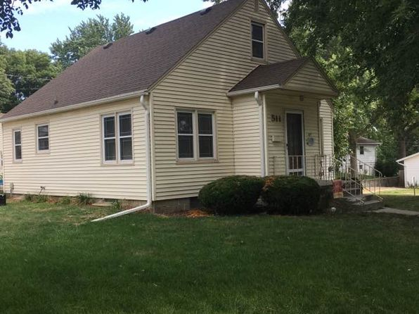 3 bed 2 bath Single Family at 511 Park Ave Red Oak, IA, 51566 is for sale at 94k - 1 of 22