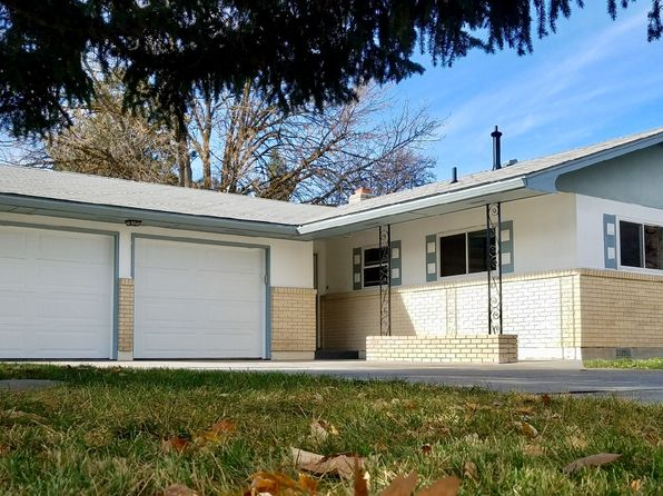 3 bed 1 bath Single Family at 1131 W 8th St Meridian, ID, 83642 is for sale at 205k - 1 of 9