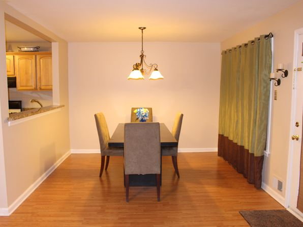 2 bed 2 bath Condo at 26 Spruce Ct Clifton, NJ, 07014 is for sale at 295k - 1 of 11