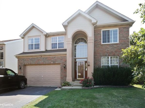 5 bed 3 bath Single Family at 3 Prairie Pointe Ln Streamwood, IL, 60107 is for sale at 325k - 1 of 15