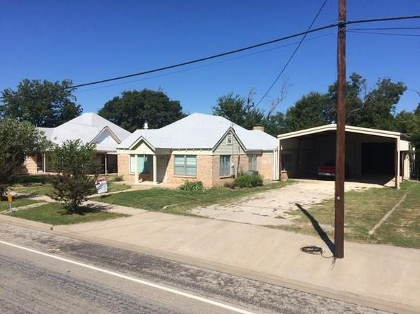 3 bed 2 bath Single Family at 702 W Walnut St Coleman, TX, 76834 is for sale at 133k - 1 of 34