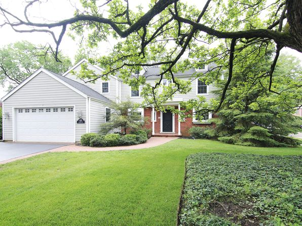 4 bed 5 bath Single Family at 925 Golfview Rd Glenview, IL, 60025 is for sale at 849k - 1 of 33