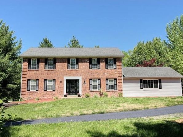 4 bed 4 bath Single Family at 17570 OLD JAMESTOWN RD FLORISSANT, MO, 63034 is for sale at 240k - 1 of 33