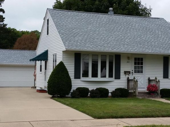 2 bed 2 bath Single Family at 1211 6th Ave NW Austin, MN, 55912 is for sale at 130k - 1 of 27