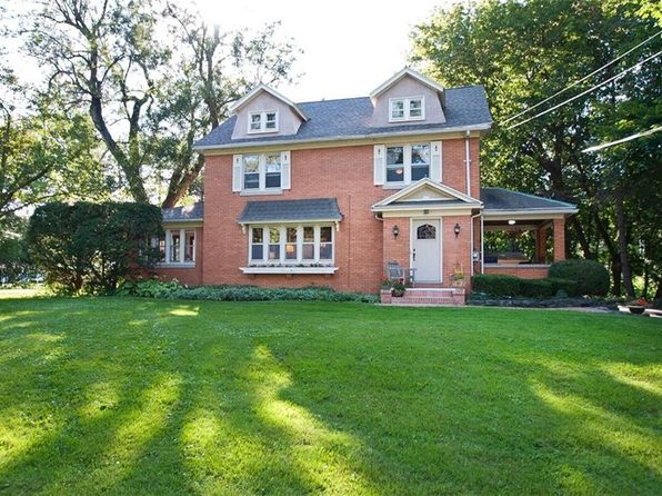 4 bed 2 bath Single Family at 111 S Main St Pittsford, NY, 14534 is for sale at 350k - 1 of 22