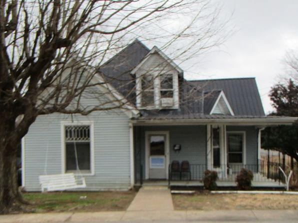 3 bed 2 bath Single Family at 213 N 4th St Scottsville, KY, 42164 is for sale at 98k - 1 of 13
