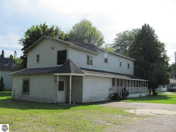 4 bed 2 bath Single Family at 616 Newman St East Tawas, MI, 48730 is for sale at 17k - 1 of 15