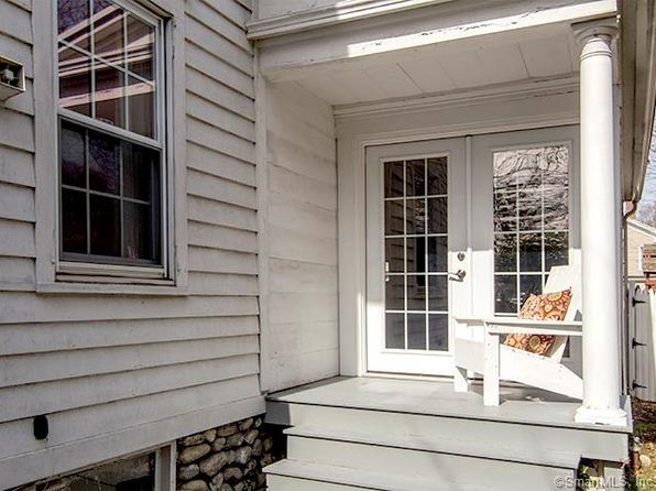 3 bed 2 bath Single Family at 10 SUNSET HILL AVE NORWALK, CT, 06851 is for sale at 444k - 1 of 25