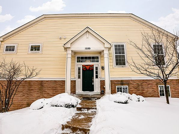 3 bed 3 bath Townhouse at 1680 Dogwood Ln Hanover Park, IL, 60133 is for sale at 265k - 1 of 29