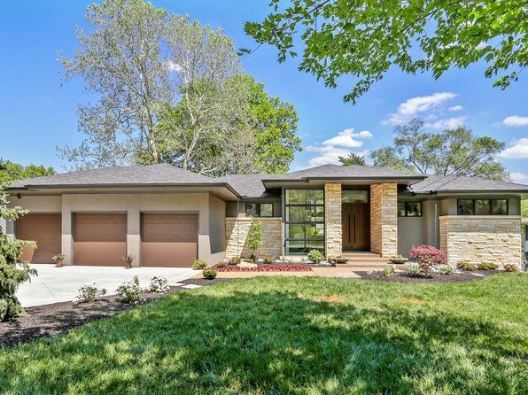 4 bed 5 bath Single Family at 9645 Manor Rd Leawood, KS, 66206 is for sale at 1.30m - 1 of 47