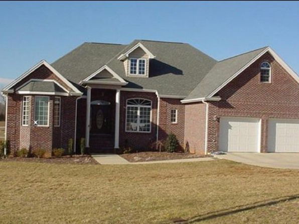 3 bed 3 bath Single Family at 375 Hunting Hill Rd Piney Flats, TN, 37686 is for sale at 299k - google static map