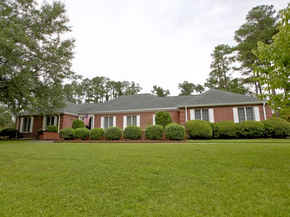 3 bed 3 bath Single Family at 4 Westchester Pl Lumberton, NC, 28358 is for sale at 250k - 1 of 29