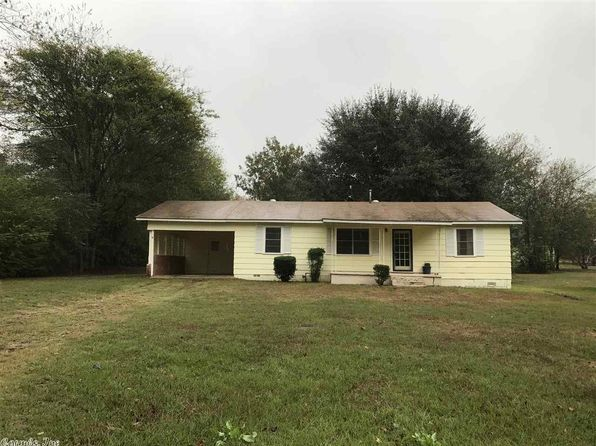 3 bed 1 bath Single Family at 200 Boon St Linden, TX, 75563 is for sale at 50k - 1 of 14