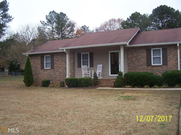 3 bed 2 bath Single Family at 102 LONGVIEW RD STOCKBRIDGE, GA, 30281 is for sale at 132k - 1 of 27