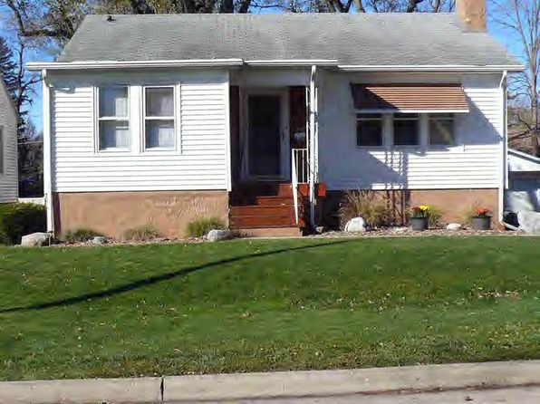 2 bed 2 bath Single Family at 1904 Oak St Danville, IL, 61832 is for sale at 70k - 1 of 13