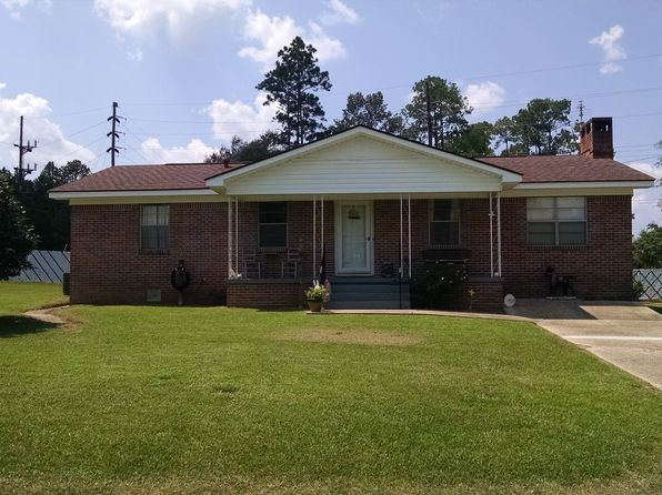 3 bed 2 bath Single Family at 1709 Pine St Flomaton, AL, 36441 is for sale at 118k - 1 of 9