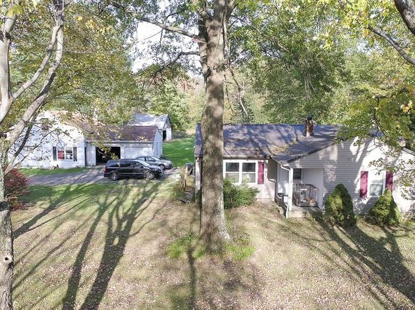 3 bed 2 bath Single Family at 10311 Old State Rd Chardon, OH, 44024 is for sale at 190k - 1 of 3