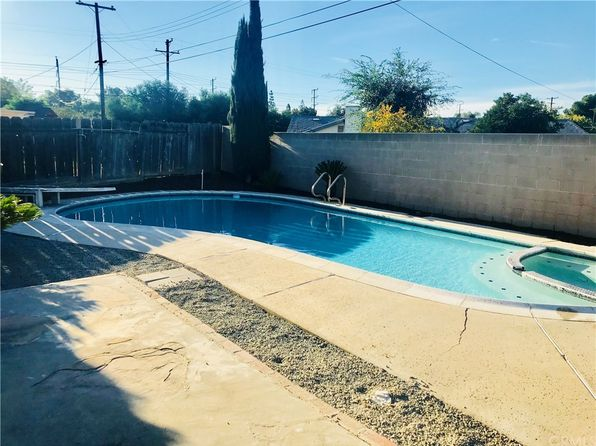 3 bed 2 bath Single Family at 1056 Lullaby Ln Corona, CA, 92880 is for sale at 430k - 1 of 14