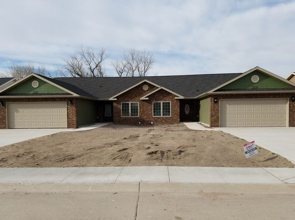 2 bed 2 bath Single Family at 2120 Iron Eagle Ct North Platte, NE, 69101 is for sale at 176k - 1 of 7