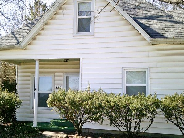 3 bed 2 bath Single Family at 220 N Broadway Goreville, IL, 62939 is for sale at 76k - 1 of 18