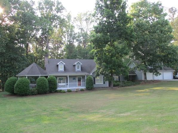 3 bed 2 bath Single Family at Undisclosed Address Chatsworth, GA, 30705 is for sale at 240k - 1 of 29