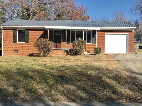 2 bed 1 bath Single Family at 2032 Fairview Rd Morristown, TN, 37814 is for sale at 105k - 1 of 19