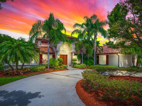 4 bed 4 bath Single Family at 12203 Riverbend Ct Port Saint Lucie, FL, 34984 is for sale at 899k - 1 of 53