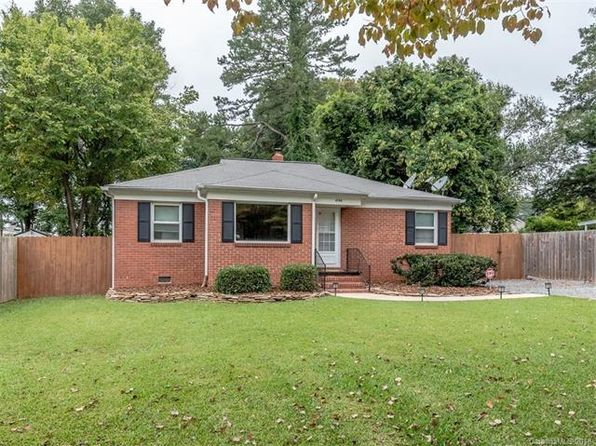 2 bed 2 bath Single Family at 4708 GILMORE DR CHARLOTTE, NC, 28209 is for sale at 320k - 1 of 24