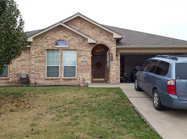 4 bed 2 bath Single Family at 113 Stonegate Blvd Alvarado, TX, 76009 is for sale at 215k - 1 of 16