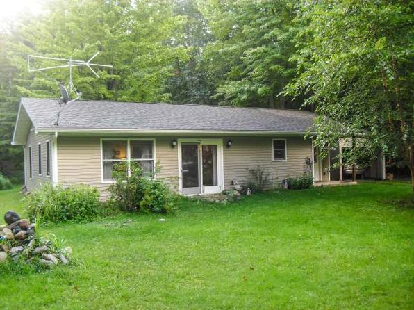 2 bed 1 bath Single Family at 5238 S Pier Lake Rd Tripoli, WI, 54564 is for sale at 85k - 1 of 13