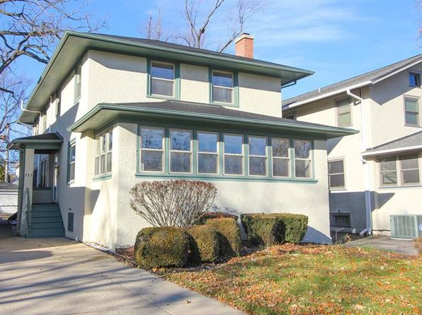 3 bed 2 bath Single Family at 735 N Ridgeland Ave Oak Park, IL, 60302 is for sale at 445k - 1 of 27