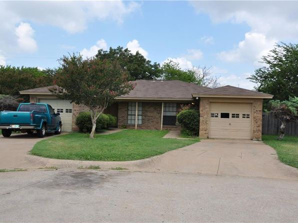 2 bed 1 bath Multi Family at 2618 Altamesa Blvd Fort Worth, TX, 76133 is for sale at 85k - 1 of 5