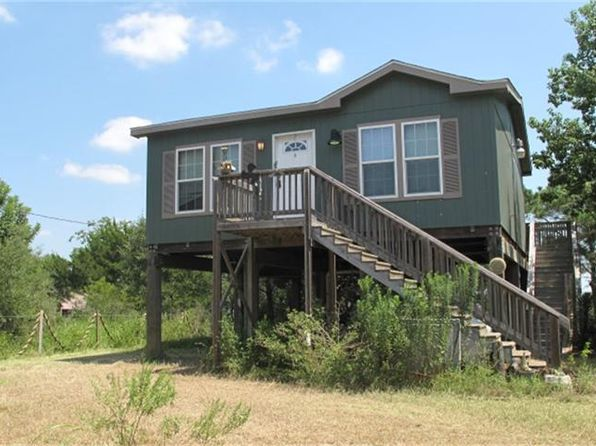 2 bed 1 bath Single Family at 637 TROY ST ANAHUAC, TX, 77514 is for sale at 80k - 1 of 15