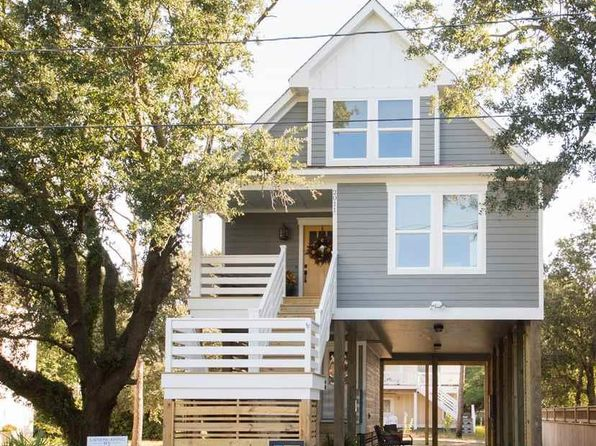 3 bed 3 bath Single Family at 2011 Edenton St Kill Devil Hills, NC, 27948 is for sale at 359k - 1 of 25