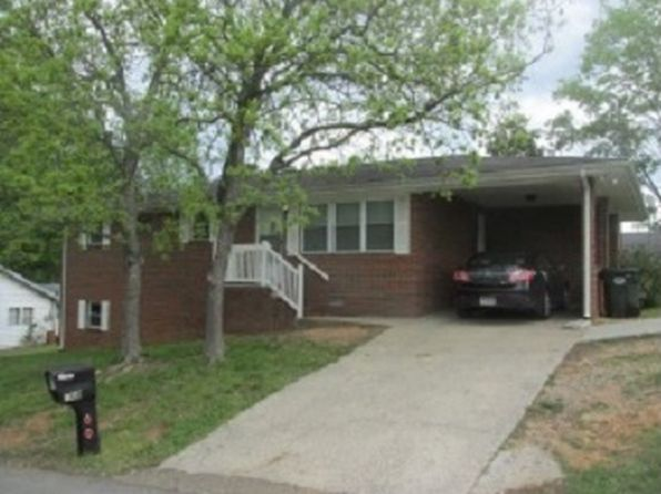 3 bed 2 bath Single Family at 102 Gun Barrel St Dalton, GA, 30720 is for sale at 125k - 1 of 11