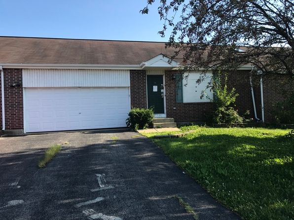 2 bed 2 bath Townhouse at 804 Honeytree Dr Romeoville, IL, 60446 is for sale at 105k - 1 of 6