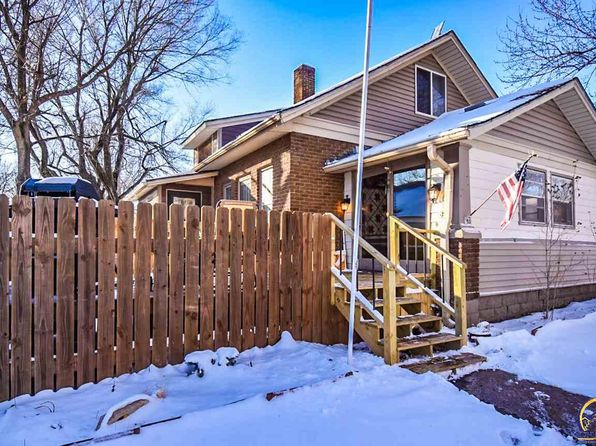 3 bed 1 bath Single Family at 217 Ohio Ave Holton, KS, 66436 is for sale at 84k - 1 of 14