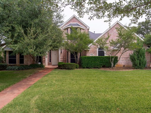 4 bed 3 bath Single Family at 4012 Dendron Dr Flower Mound, TX, 75028 is for sale at 465k - 1 of 25