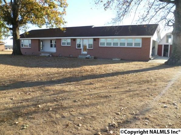 3 bed 2 bath Single Family at 640 Garrett St Rainsville, AL, 35986 is for sale at 120k - 1 of 16
