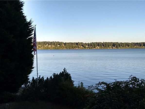 2 bed 2 bath Single Family at 14568 Sandy Hook Rd NE Poulsbo, WA, 98370 is for sale at 697k - 1 of 9