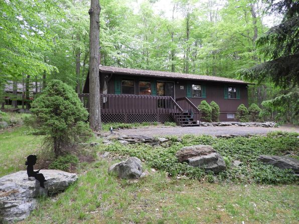 3 bed 1 bath Single Family at 78 LAKE DR E GOULDSBORO, PA, 18424 is for sale at 97k - 1 of 33