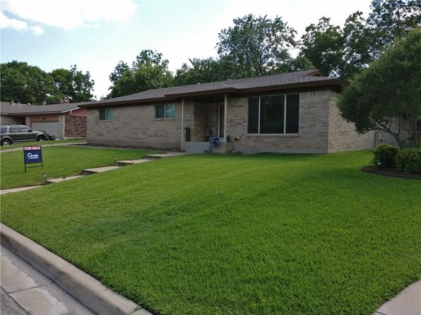 3 bed 2 bath Single Family at 4629 Ridgemont Rd Fort Worth, TX, 76117 is for sale at 180k - 1 of 24