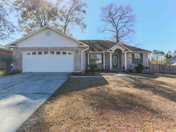 3 bed 2 bath Single Family at 339 Twisted Oak Dr Cantonment, FL, 32533 is for sale at 172k - 1 of 37