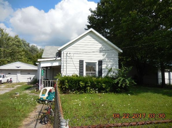 2 bed 1 bath Single Family at 205 N Riverside Dr Monticello, IN, 47960 is for sale at 37k - google static map