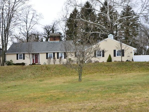 3 bed 4 bath Single Family at 505 Military Rd Zanesville, OH, 43701 is for sale at 230k - 1 of 58
