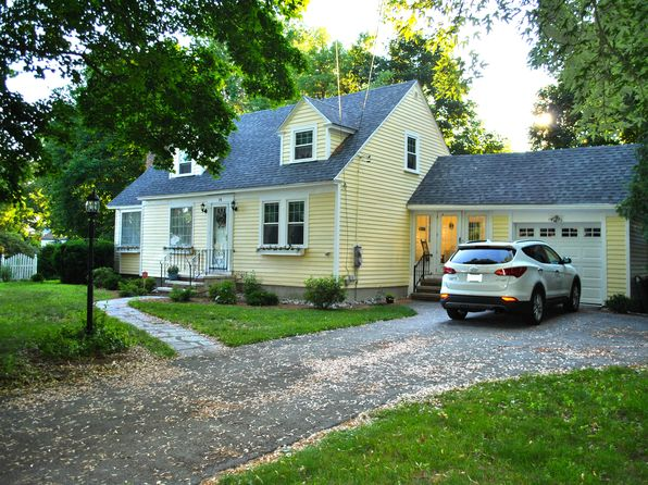 3 bed 2 bath Single Family at 74 Tory Rd Manchester, NH, 03104 is for sale at 294k - 1 of 19